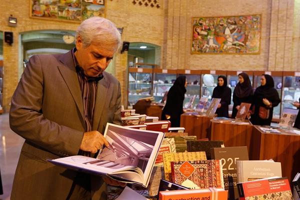نمایشگاه تازه های کتاب در سازمان میراث فرهنگی برگزار گردید