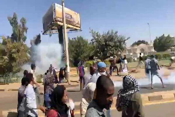 یک تظاهرات کننده دیگر در سودان کشته شد