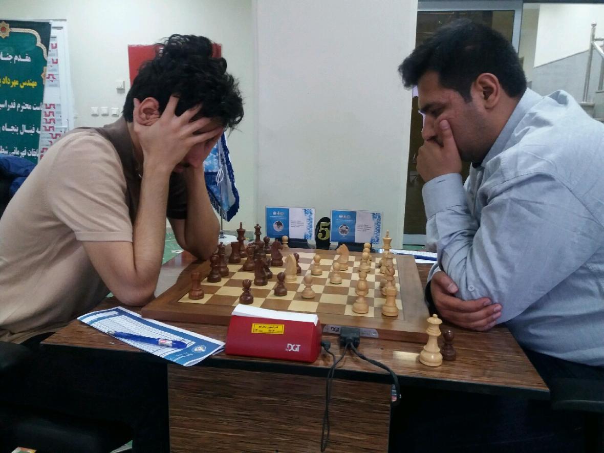 فینال شطرنج قهرمانی مردان کشور در جم شروع شد