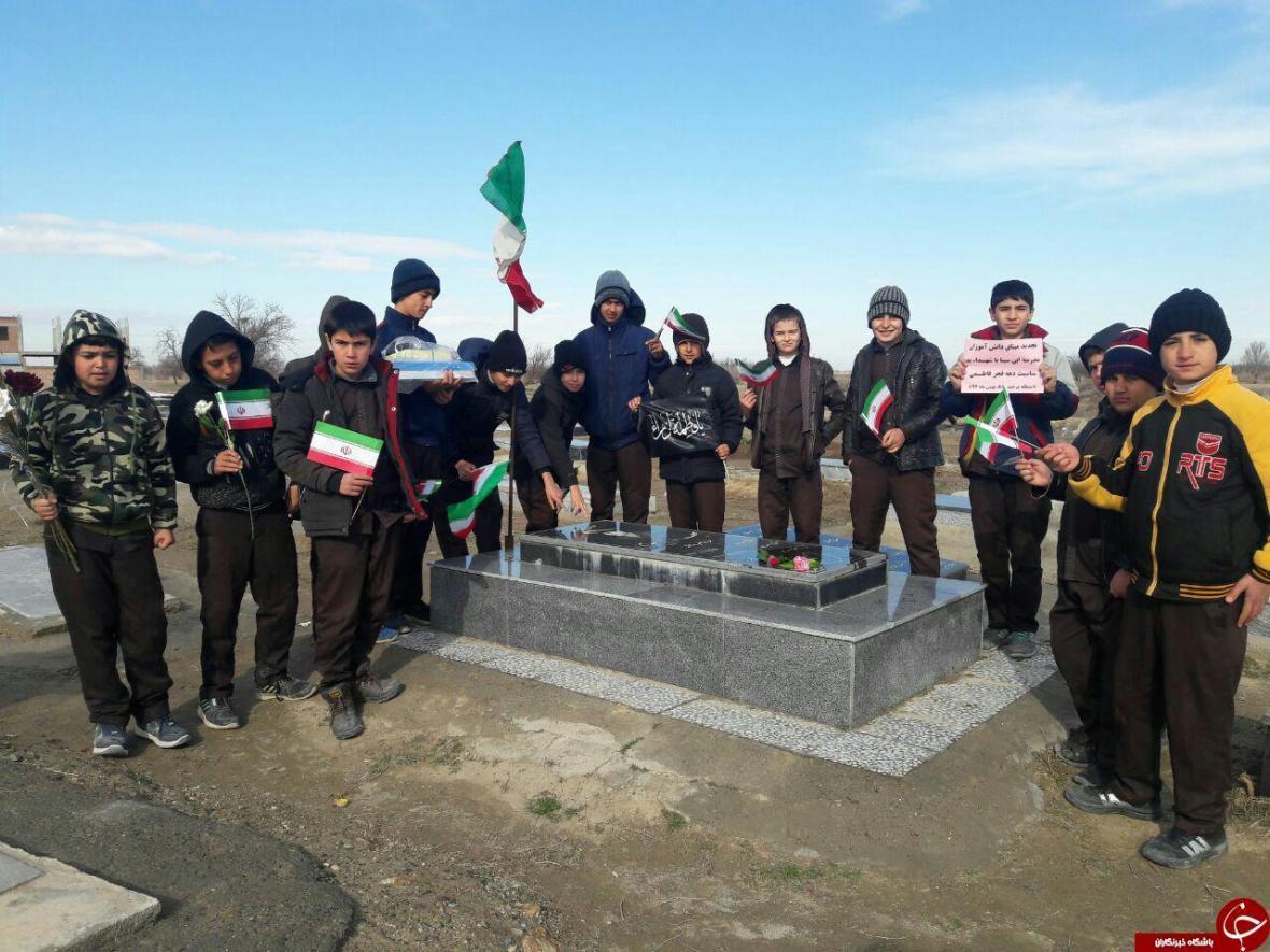 شهروندخبرنگار چهاربرج؛ تجدید میثاق دانش آموزان روستای قپچاق با شهدا