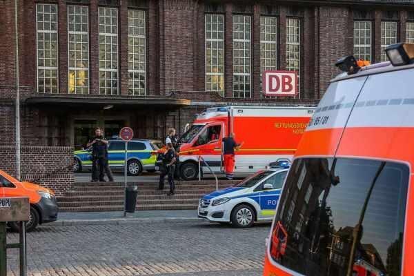 حمله با سلاح سرد در یک ایستگاه قطار در آلمان، دوتن کشته شدند