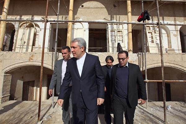 بازدید رئیس سازمان میراث فرهنگی از خانه حشمت لشکر در سرخه