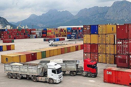 تراز تجاری کشور در یک سال گذشته مثبت شد