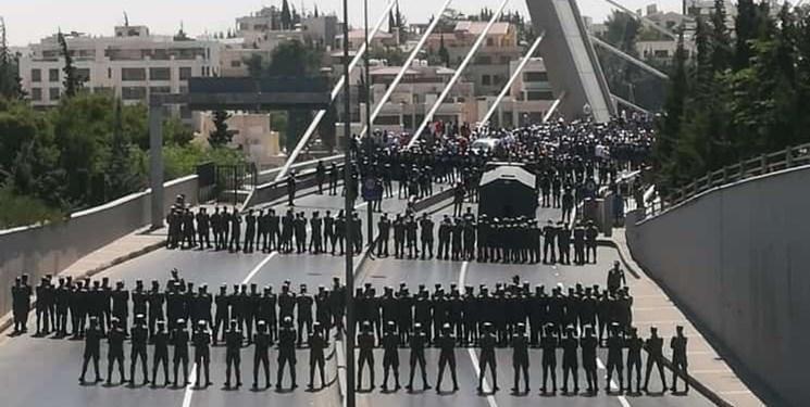 درگیری نیروهای امنیتی اردن با معترضان