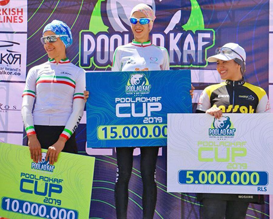 قهرمانی فرح بخشیان در دوچرخه سواری جایزه بزرگ فارس