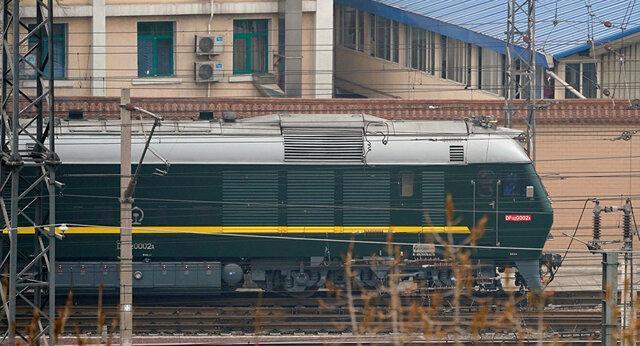 قطار حامل رهبر کره شمالی، چین را ترک کرد