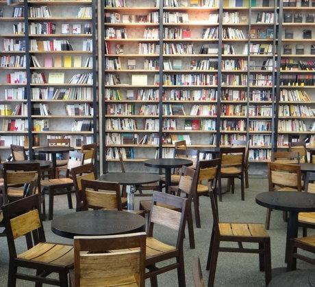 متقاضیان مجوز کافه کتاب باید کتاب فروش باشند