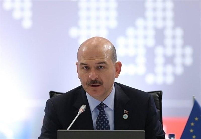 وزیر کشور ترکیه از عبور 130 هزار پناهجو به یونان اطلاع داد