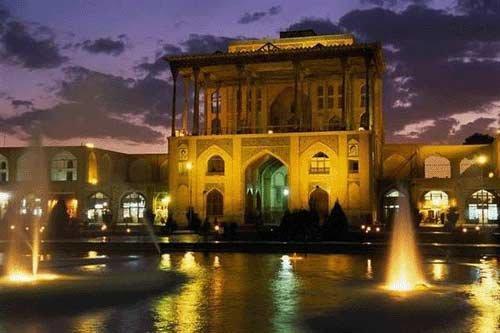 دهمین جشنواره ملی آش ایرانی ارمغان همدلی و همزبانی مردم زنجان است