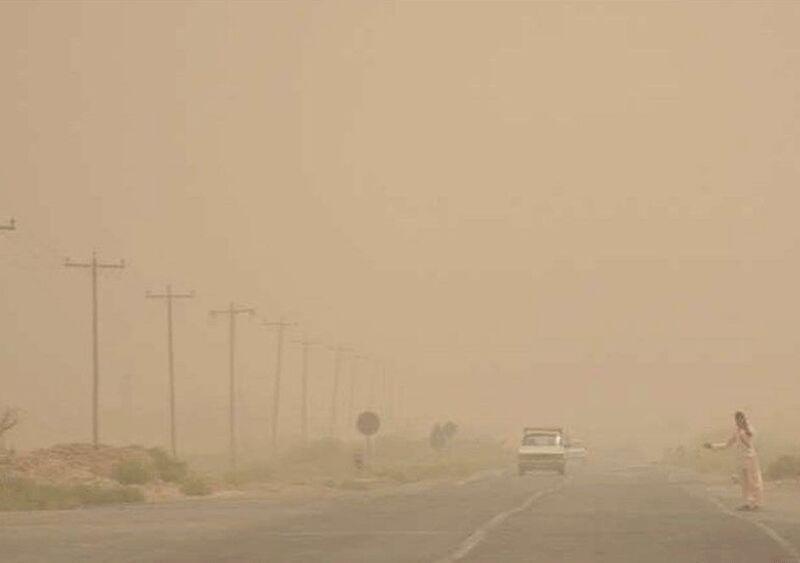 خبرنگاران توفان غلظت غبار در هوای زابل را به 22 برابر حد مجاز رساند