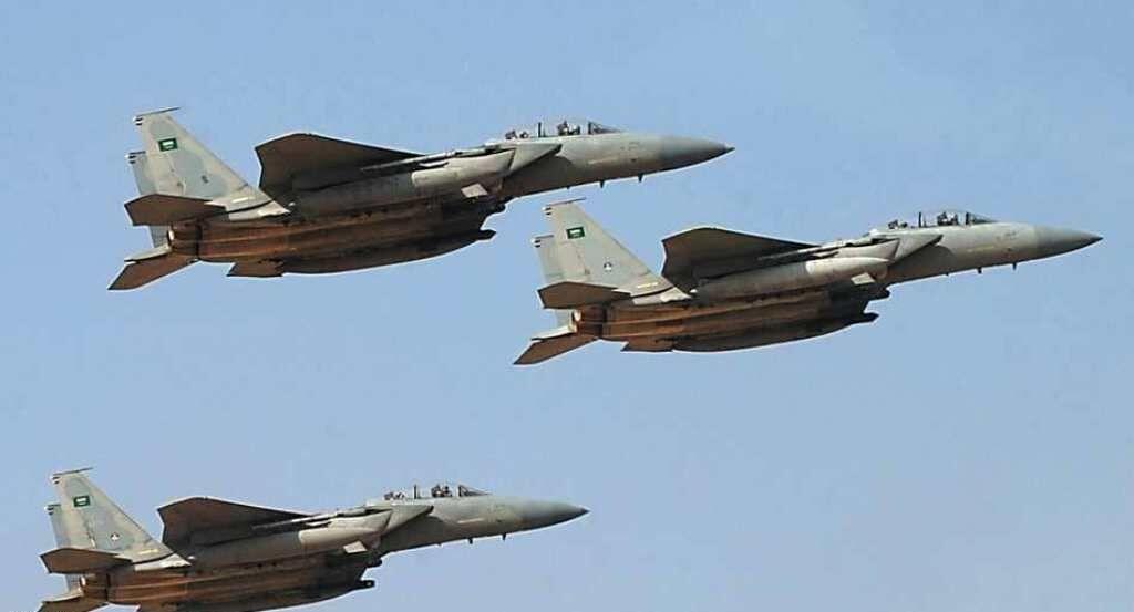 خبرنگاران پدافند هوایی یمن جنگنده های سعودی را فراری داد