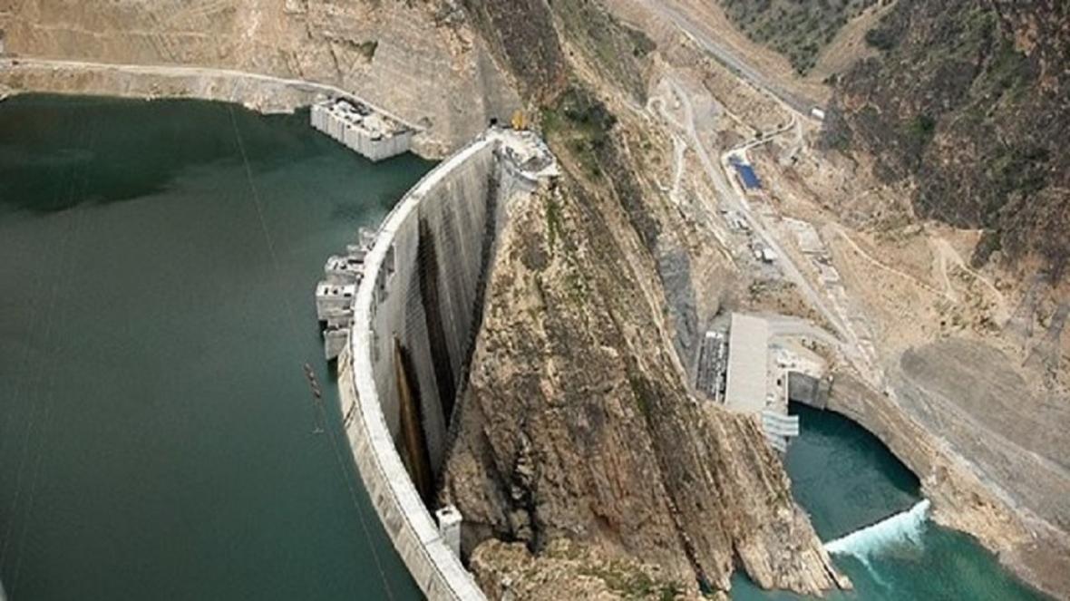 خالی بودن کمتر از دوسوم سد زاینده رود اصفهان