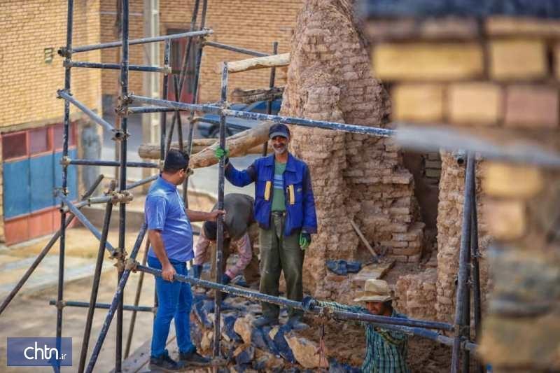 بازسازی بخش های تخریب شده قلعه بارده در حال اجرا است