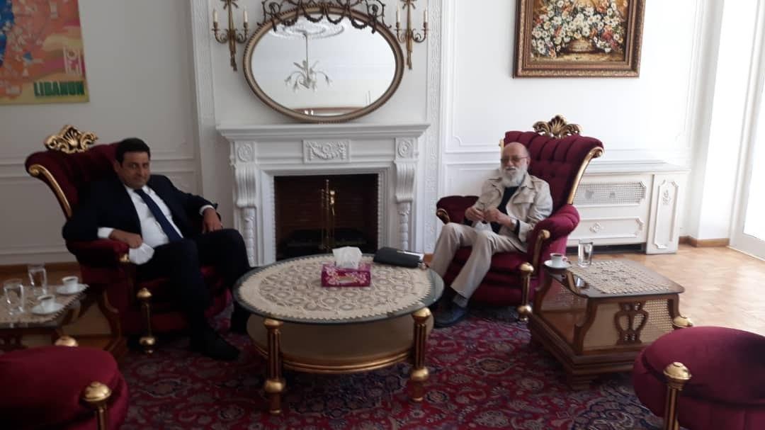 ملاقات مهدی چمران با سفیر لبنان در ایران