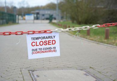 کلاس های سه دانشگاه انگلیس غیر حضوری شد