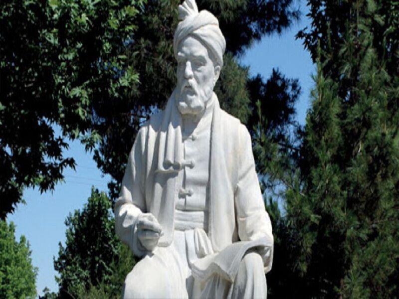 خبرنگاران نصب مجسمه فردوسی در انتظار جلسه شورای فرهنگ عمومی خراسان رضوی
