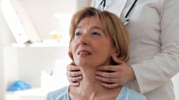 گلودرد دایمی می تواند نشانه سرطان باشد!